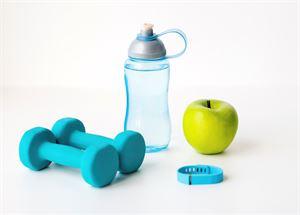 Ruokavalion ja liikunnan ylöskirjaaminen voi auttaa elämäntapojen kohtamisessa.