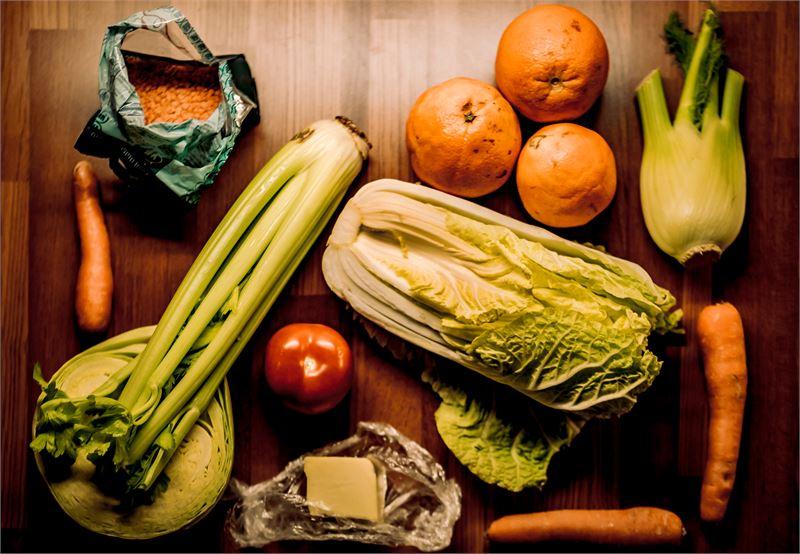 Kurkkaa jääkaappiin säännöllisesti. Mitäs ruokaa näistä saisi aikaiseksi?