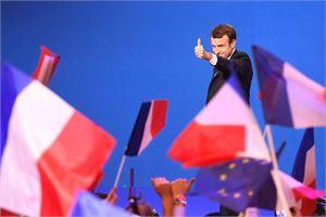 Emmanuel Macronin kampanjan sähköposteihin on yritetty päästä käsiksi, kertoo tietoturvayrityksen raportti. LEHTIKUVA/AFP