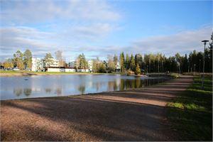 Kokkolan asuinalueiden vierestä löytyy esimerkiksi vesistöjä, puistoja ja metsää. Kuva: Sonja Hagström/Kokkolan kaupunki.