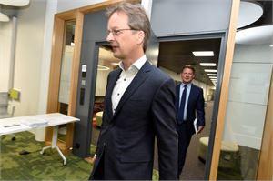 Nordean maajohtaja Ari Kaperi kertoi pankin tuloksesta ja tulevaisuudensuunnitelmista torstaina tiedotustilaisuudessa Helsingissä.