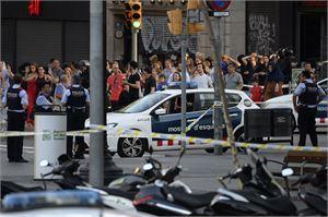 Barcelonan terrori-isku tehtiin La Ramblalla, joka on kaupungin vilkkain turistikatu. LEHTIKUVA/AFP