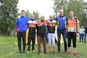 Pedersören joukkueessa suunnistivat Emil Johansson, Mathias Henriksson, Lina Lindfors, Emil Jansson, Johan Lövsund ja Sören Jansson.