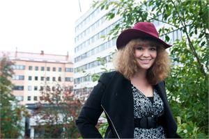 Hanne Haapakoski sanoo, että Howtomon kautta naiset pääsevät verkostoitumaan ja tutustumaan uusiin ihmisiin.