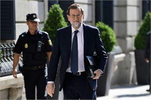 Espanjan pääministeri Mariano Rajoy (kuvassa) on sanonut, että Katalonian aluejohtajan Carles Puigdemontin itsenäisyyssuunnitelma on pelkkää satua. LEHTIKUVA/AFP