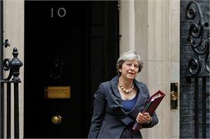Britannian pääministeri Theresa May matkustaa Brysseliin ennen EU-huippukokousta. LEHTIKUVA/AFP