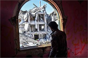 Taistelut äärijärjestö Isisin pääkaupunkina toimineesta kaupungista kestivät neljä kuukautta. Kuvassa Yhdysvaltain tukemien SDF-joukkojen jäsen. LEHTIKUVA / AFP