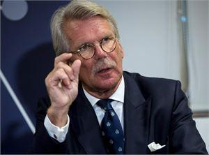 Talousvaikuttaja Björn Wahlroos on aiemminkin rusikoinut kovin sanoin nykyperustuslakia. LEHTIKUVA / ANNI REENPÄÄ