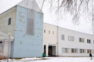 Yleisilme paremmaksi. Takalon koulun julkisivua kohennetaan ensi vuoden aikana. Kannuksen kaupungin talousarvioon koulun saneeraukselle on varattu 120 000 euron määräraha.