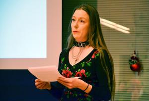 Maija Pihlaja (vihr.) piti ryhmäpuheenvuoron ja samalla jäähyväispuheen Ylivieskan valtuustossa.
