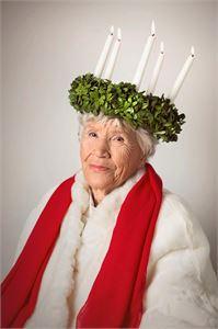 Doris Mikkola on Kokkolan Lucia-mummo 2017.