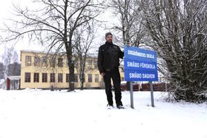 Andreas Nyman tekee kaikkensa, että Småböndersin kyläkoulu jatkaa toimintaansa.