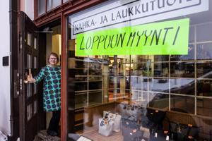 Birgit Hiltunen tuli töihin appivanhempiensa Olavi ja Hillevi Hiltusen liikkeeseen kaksikymmentä vuotta sitten.