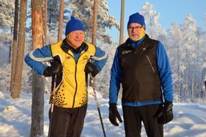 Ulkoillen laskiaiseen. Lestijoen Latu järjestää laskiaissunnuntaina hiihtoaiheisen ulkoilutapahtuman, jota ovat järjestämässä myös yhdistyksen varapuheenjohtaja  Markku Törmä (vasemmalla) ja puheenjohtaja Esko Keski-Sämpi.