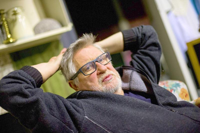 Rovaniemen teatterin johtaja, ohjaaja ja näyttelijä Kari Väänänen