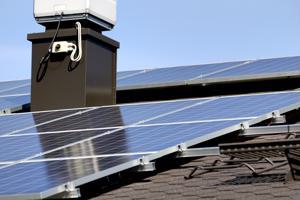 Jos olet tilaamassa aurinkopaneelia EU:n ulkopuolelta, tee ensin taric- eli tullinimikekysely, peritäänkö paneelista polkumyynti- tai tasoitustullia.