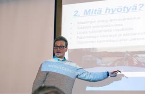 Envitecpoliksen Henri Karjalainen esitteli biokaasulaitosten hyötyjä.