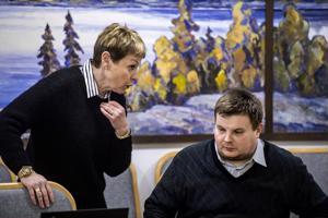 Keski-Pohjanmaan maakuntahallituksen jäsen Marlén Timonen ja puheenjohtaja Antti Mäkelä.