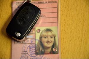 Liikenteen turvallisuusviraston mukaan kuljettajan ajoterveys tulee tarkastaa, kun uudistaa olemassa olevaa ajokorttia sen voimassaoloajan päättyessä.