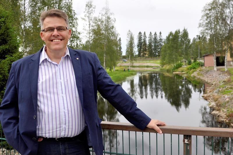Perhon kunnanjohtaja Lauri Laajalan palkkataso äänestytti kunnanhallituksessa maanantaina.