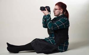 Henna Vähäsöyrinki on opiskellut valokuvausta ja toivoo saavansa siitä myös tulevaisuudessa leipänsä.