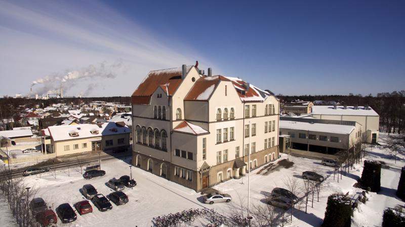 3. Pietarsaaren lukio / Jakobstads gymnasium.