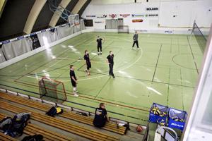 Urheilutalon remontti alkaa toukokuussa. Tiikerit harjoittelemassa viime syyskuussa.