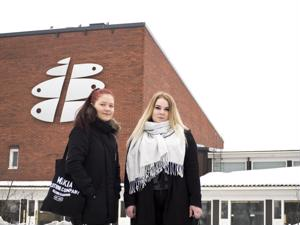 Keski-Pohjanmaan ammattiopistolla opiskelevat Jasmin Sämpi ja Jonna Järvi pitävät hyvänä asiana, että koulutukseen voi hakea ympärivuotisesti. He aikovat käyttää tulevaisuudessa jatkuvaa hakua.