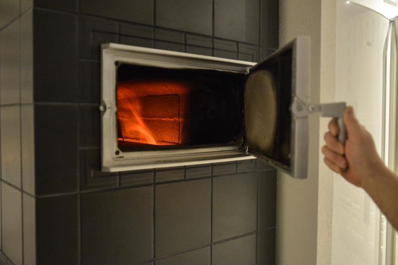 Leivinuunissa valmistuvat kätevästi padat ja muut ruoat.