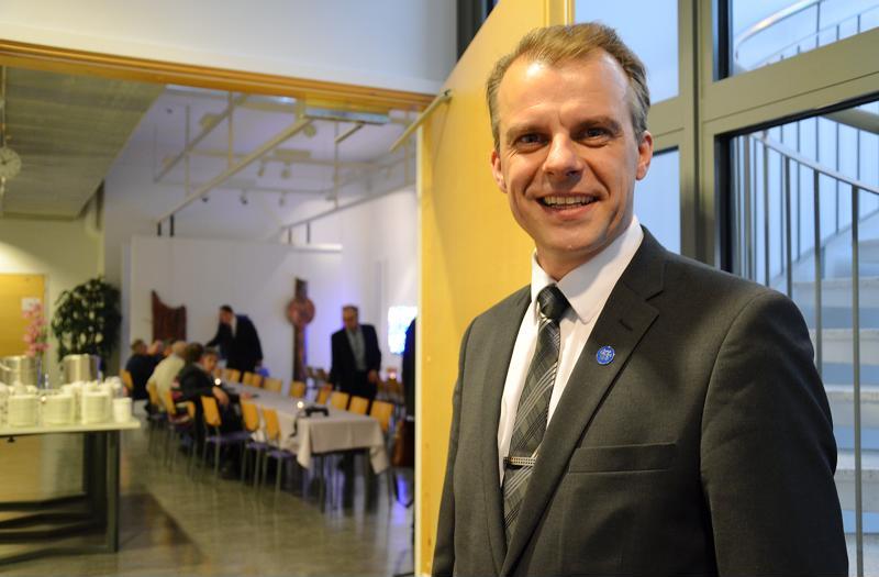 Keskustan ylivieskalainen kansanedustaja Juha Pylväs on ehdolla tulevissa maakuntavaaleissa.