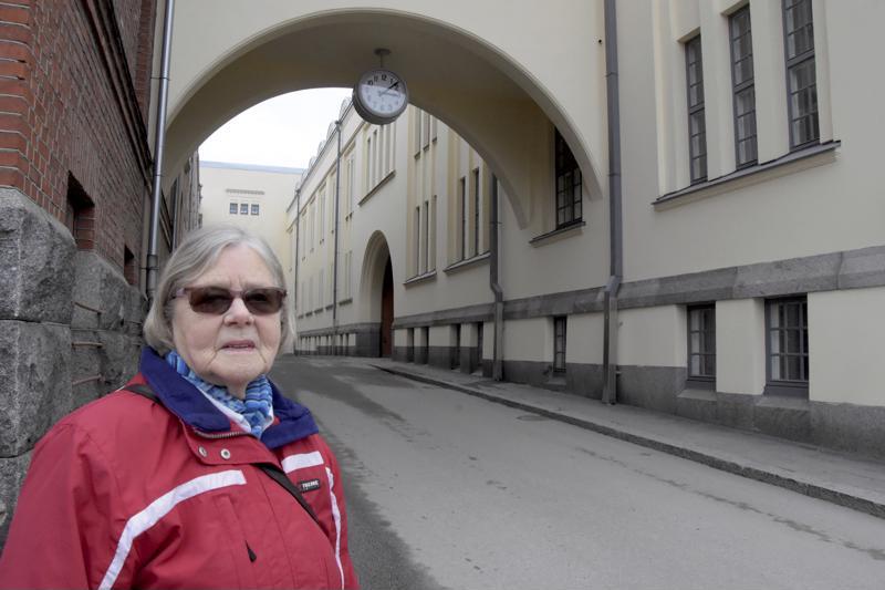 Eeva Leino viihtyi Strengbergin tupakkatehtaalla 22 vuotta.