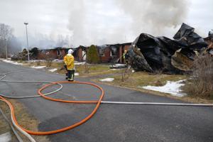 Tulipalon jälkeen Kälviällä. Lukijan kuva.