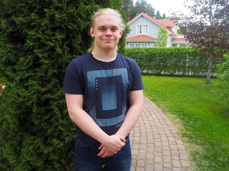 Mikko Oosi on kasvanut Nurmijärvellä, mutta sukujuuret löytyvät Perhonjokilaaksosta.