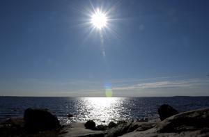 Toukokuun vallinnut korkeapaine ja pohjoisesta puhaltanut tuuli on pitänyt merivedenpinnan hyvin matalalla Merenkurkusta pohjoiseen.