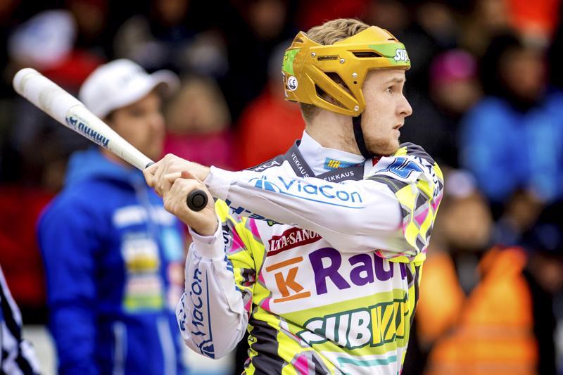 Vimpelin Vedon Perttu Ruuska esiintyy toista kertaa miesten arvo-ottelussa Joensuussa heinäkuussa.