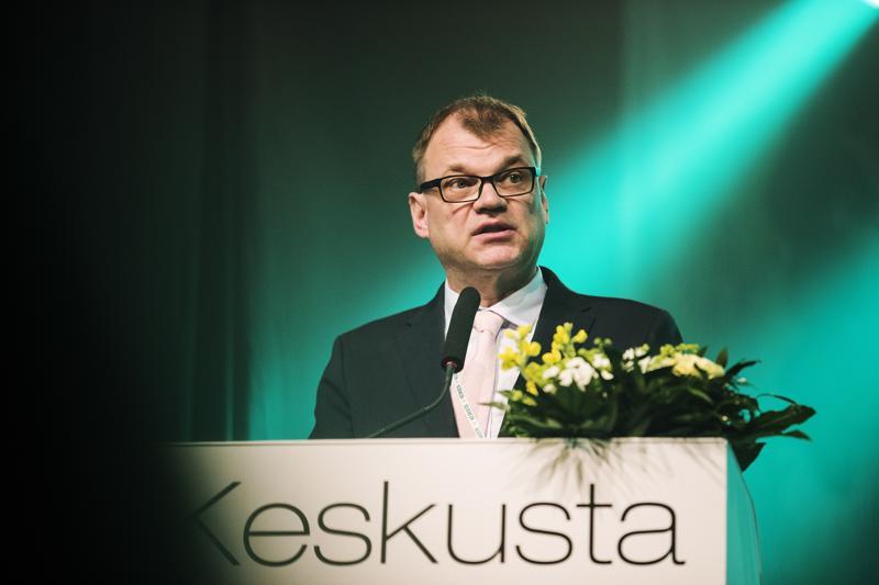 Pääministeri Juha Sipilä avasi keskustan puoluekokouksen perjantaina Sotkamossa.