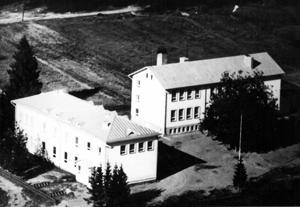 Vetelin yhteiskoulun Suojala ja Kaskela 1950-luvulla.