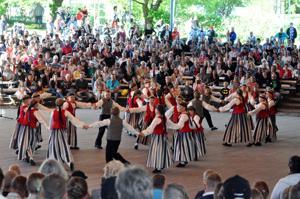 Kaustisen juhlavuotta vietettiin myös laulajaisissa toukokuussa.