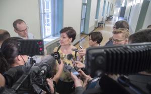 Sosiaali- ja terveysvaliokunnan varapuheenjohtaja Hannakaisa Heikkinen sanoi, että nyt on saatu arvio, miten kokouksia voidaan pitää elokuussa.