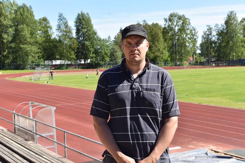 Haapaveden Urheilijat ry:n puheenjohtaja Juha Aho oli tunnustuksesta hyvillään.