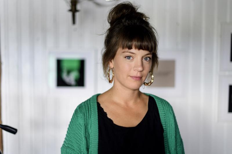 Sara Hornigin valokuvissa kuvataan masennusta läheisen näkökulmasta.