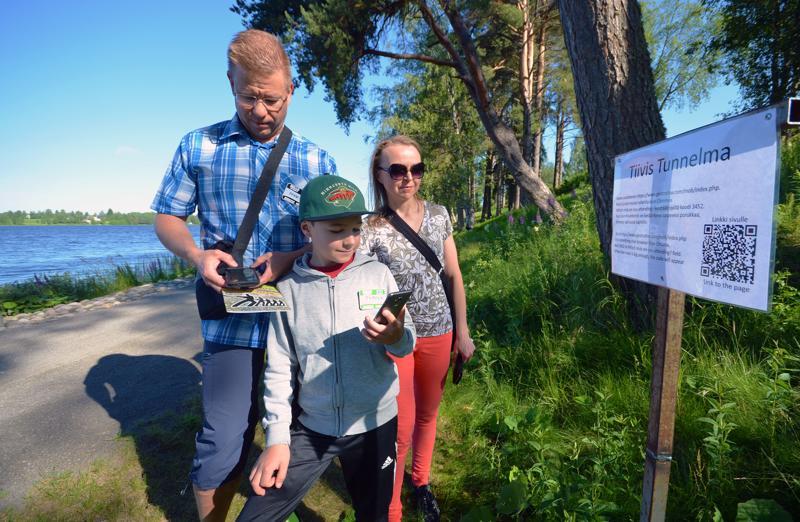 Pekka Pellinen (vas.), Topi Heinonen ja Niina Tarvainen tulivat tapahtumaan Jyväskylästä.