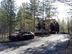 Tuli tuhosi vapaa-ajanasunnon ja henkilöauton Kalajoen Hiekkasärkillä myöhään torstai-iltana.