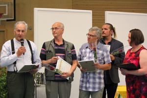 Vasemmalta Veikko Syväluoma, Osmo Kähkönen, Tuomo Waara, Teo Ottelin ja Sirpa Kortet.