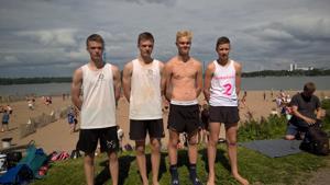 Roiman joukkueet Helsingin osakilpailun jälkeen vas. Esko Tuorila, Eero Tuorila, Arttu Karjalainen ja Tatu Venetjoki.