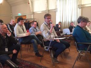 Toimittaja Morten Ruud puhui Barents Pressin tilaisuudessa Haaparannassa vuonna 2017.