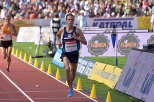 Nivalan Urheilijoiden Miika Tenhunen nappasi SM-pronssia 3 000 metrin estejuoksussa.
