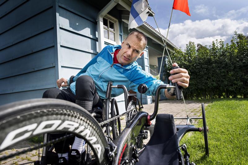 Teppo Polven ajaman H1-käsipyöräluokan urheilijoilla on mahdollisuus tavoitella paikkaa seuraaviin paralympialaisiin.