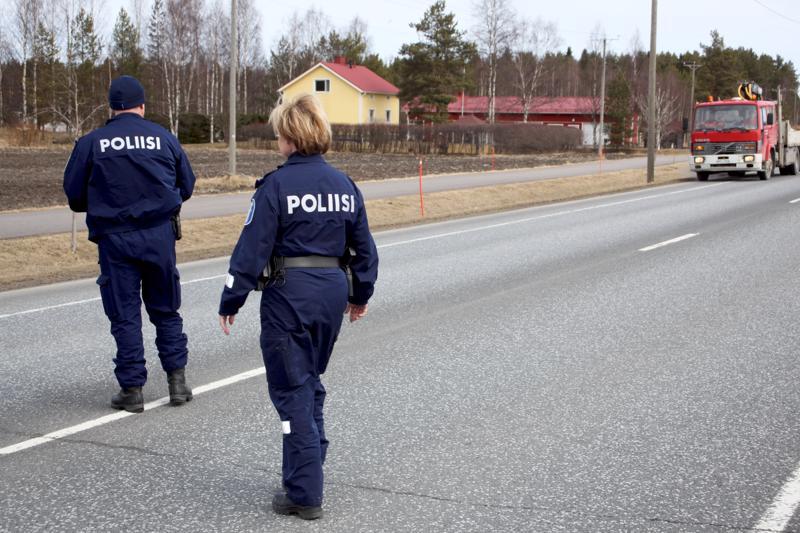 Rikostutkijoita on erityisen vaikea löytää, sillä monia poliiseja kiinnostaa enemmän kenttätyö.