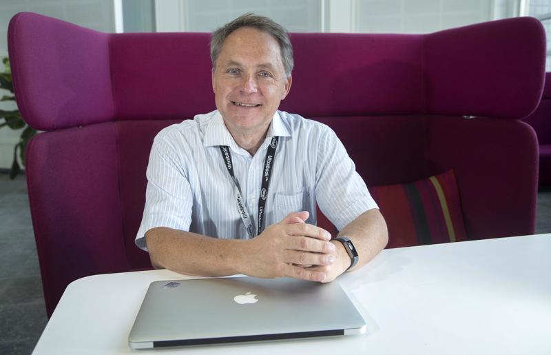 Tietoturva-asiantuntija ja tietokirjailija Petteri Järvinen toivoisi, että yritykset panostaisivat tietoturvaan entistä enemmän.